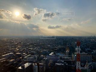 空,屋外,太陽,雲,光,都会,高層ビル,眺め