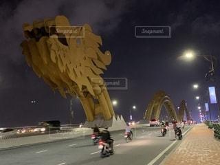 ドラゴン橋の写真・画像素材[2721063]