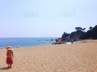 海,夏,晴れ,後ろ姿,女の子,背中,人,浜辺,後姿