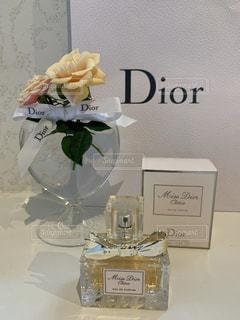 花,花瓶,香水,リボン,デザイン,美容,コスメ,スプレー,化粧品,ミニバラ,トワレ