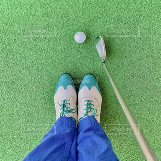 新調したゴルフシューズの写真・画像素材[4418191]