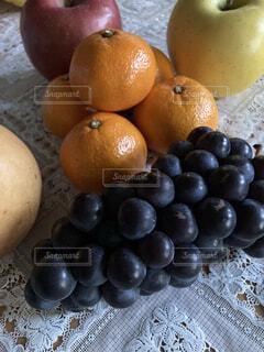 秋のフルーツ盛りだくさんの写真・画像素材[3892697]