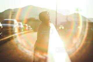 光の中での写真・画像素材[2647852]