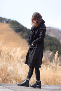 黒コーデな女の子の写真・画像素材[2824765]
