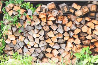 薪の写真・画像素材[2870423]