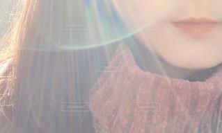 光と口元の写真・画像素材[2874756]