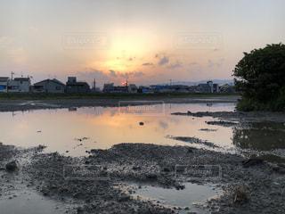 空,雨,屋外,赤,水,夕焼け,雨上がり,梅雨,天気,色,雨の日,フォトジェニック