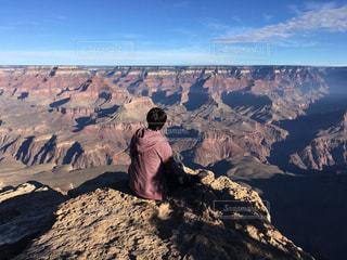 男性,自然,風景,空,屋外,アメリカ,山,人物,人,砂漠,ハイキング,グランドキャニオン,谷,峡谷