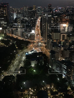 夜の街の眺めの写真・画像素材[2735582]