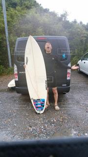 海,夏,雨,屋外,サーフィン,水着,人物,梅雨,天気,波乗り