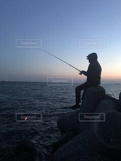 堤防釣りの写真・画像素材[4432529]