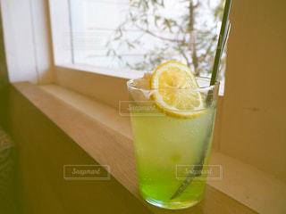 オレンジジュース1杯の写真・画像素材[2277717]