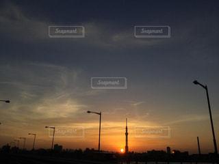 空,太陽,夕焼け,夕暮れ,スカイツリー,光