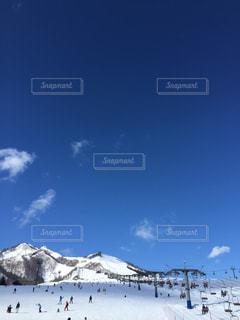 アウトドア,スポーツ,雪,青い空,人物,スキー,ゲレンデ,レジャー,スキー場,スノーボード