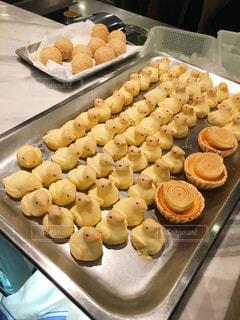 ランチ,タルト,ひよこ,旅行,香港,中華,ベージュ,焼き菓子,黄金色,飲茶,点心,パイナップルパイ,ミルクティー色