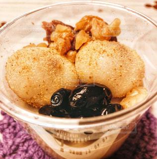 デザート,くるみ,黒豆,白玉,ほうじ茶,和パフェ,ミルクティー色