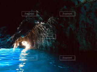 イタリアの青の洞窟🇮🇹の写真・画像素材[2336346]