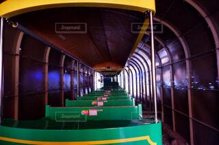 緑,遊園地,リラックス,トンネル,鉄道,アミューズメントパーク,冒険,探検,ライフスタイル,豆汽車