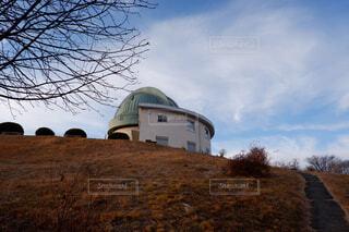 カフェ,風景,空,建物,秋,屋外,雲,草,樹木,リラックス,ライフスタイル,天体観測,天文台
