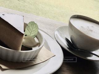 ケーキとコーヒーの写真・画像素材[2900464]