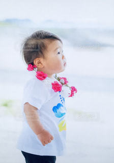 子ども,海,夏,Tシャツ,幼児,休日,まったり,ゆったり,休暇,夏服,半袖