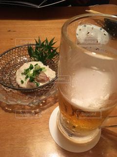 食べ物,グラス,ビール,乾杯,ドリンク,アルコール,飲み,打ち上げ,ゆば,飲みかけ,おつかれ