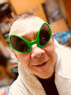 宇宙人のサングラスの写真・画像素材[2288207]