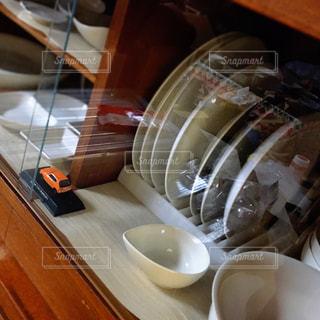 食器棚の整理整頓の写真・画像素材[3210252]