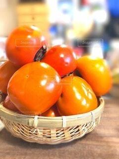 甘く熟した次郎柿の写真・画像素材[3736910]