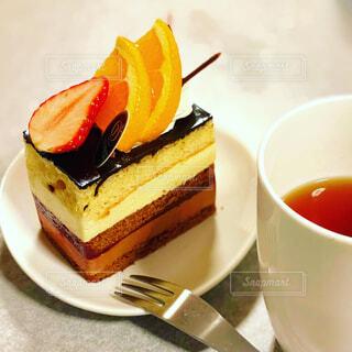 チョコレートフルーツケーキの写真・画像素材[4021033]