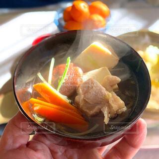 冬の朝の鍋料理の写真・画像素材[4101160]