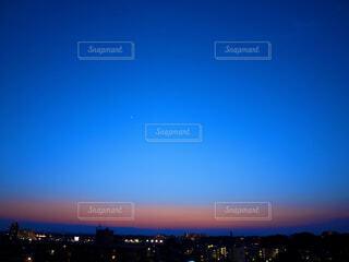 夜の始まりの写真・画像素材[4612777]
