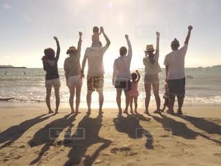 海,夕日,ビーチ,後ろ姿,背中,浜辺,beach,sunset,サンセット