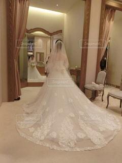 白,後ろ姿,女の子,人物,背中,結婚,後ろ,ウエディングドレス
