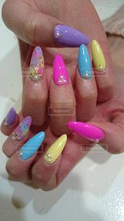 爪,カラー