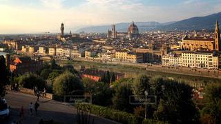 夕日,街並み,夕暮れ,川,反射,レトロ,レンガ,樹木,建造物,イタリア,フィレンツェ,ルネサンス