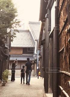 古民家の町の狭間からの写真・画像素材[2290512]