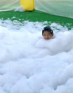 泡プールの写真・画像素材[2335953]