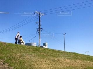 夫婦で歩くの写真・画像素材[2609841]