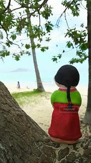 哀愁,ビーチ,後ろ姿,背中,ハワイ,手作り,後ろ,民族衣装,インスタ,後ろ向き,チョゴリ,インスタ映え,手作り人形,インスタ映えスポット,韓国人形,ハワイ韓国コラボ