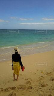 海,ビーチ,後ろ姿,砂浜,後ろ,インスタ,後ろ向き,インスタ映え