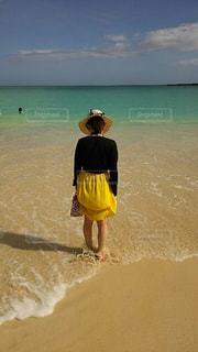 海,後ろ姿,砂浜,背中,後ろ,インスタ,後ろ向き,インスタ映え,インスタ映えスポット