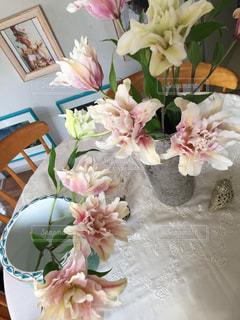 花のある暮らしの写真・画像素材[2144785]