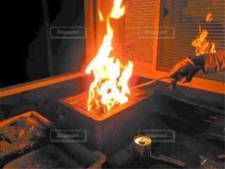 BBQの火を起こすところの写真・画像素材[3546449]