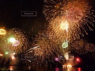 江ノ島の花火の写真・画像素材[2022737]