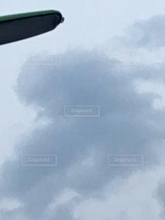 水墨画のようなハート雲の写真・画像素材[2263504]