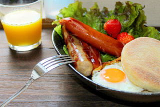 楽しい朝食の写真・画像素材[3214751]