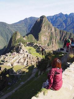 自然,後ろ姿,世界遺産,人,旅行,遺跡,旅,女子旅,冒険,ひとり旅,マチュピチュ,ペルー,南米