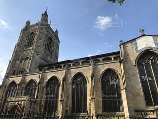 イギリス ノリッチ ミルクティー色の大聖堂の写真・画像素材[2036713]