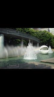 水のティアラの写真・画像素材[2129297]